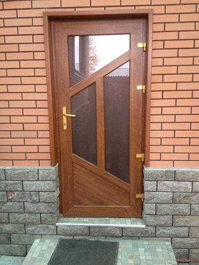 Пластиковые двери в Алматы - realpast